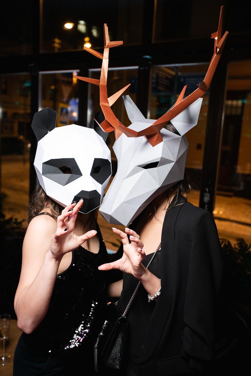 Полигональные маски панды и оленя