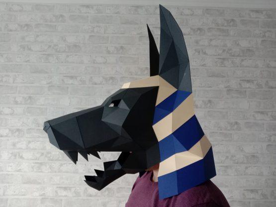 Полигональная маска анубиса